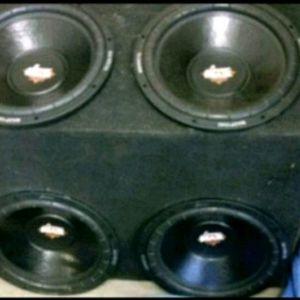 4 dual voice coil 4ohm 15s, Lanzar in quad box.